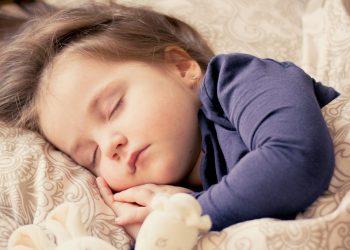 Kinder ins Bett bringen | So kann Ihr Kleinkind gut einschlafen